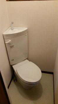 東京都練馬区桜台トイレ交換 床張替 クロス工事の記事画像
