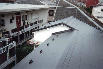 東京都練馬区早宮 既存 セメント瓦の屋根 屋根葺き替えの記事画像