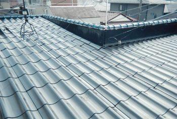 東京都練馬区高松 屋根塗装:築25年 セキスイU瓦 屋根塗装の記事画像
